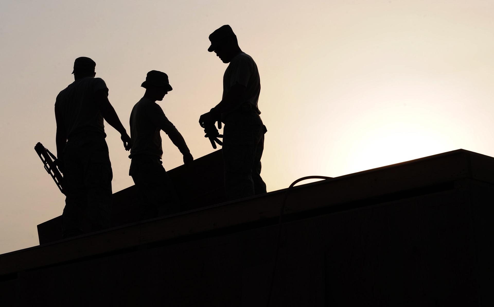 workers-659885_1920
